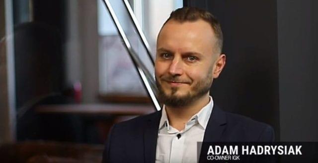 IGK – Adam Hadrysiak. Czy grupa freelancerów może prowadzić firmę?